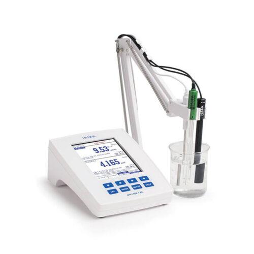 Máy đo pH/ORP/ISE và EC/TDS/Độ mặn/Trở kháng để bàn (115V) - HI5522-01 - Hanna