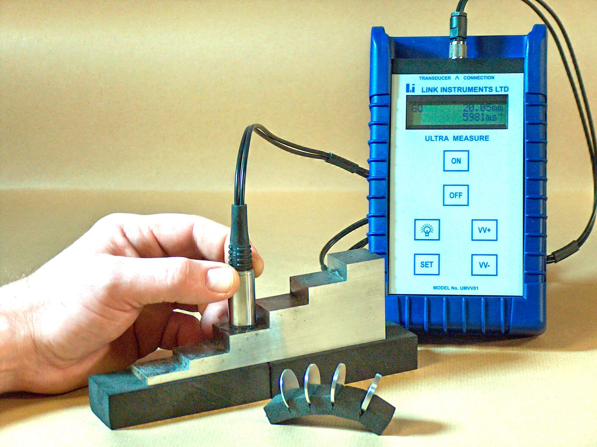 Các bước sử dụng máy đo độ dày
