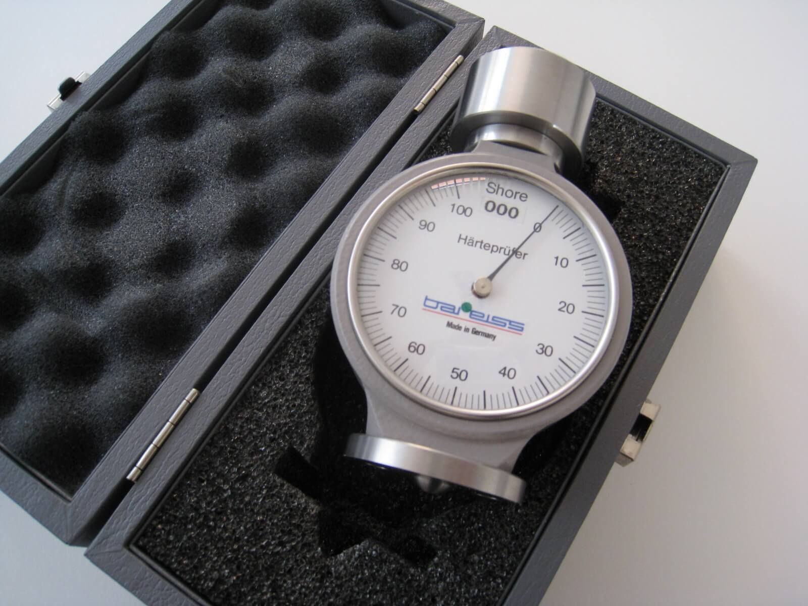 Cách bảo quản máy đo độ cứng