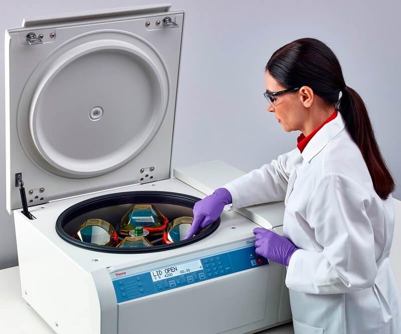 Cách dùng máy ly tâm trong phòng thí nghiệm