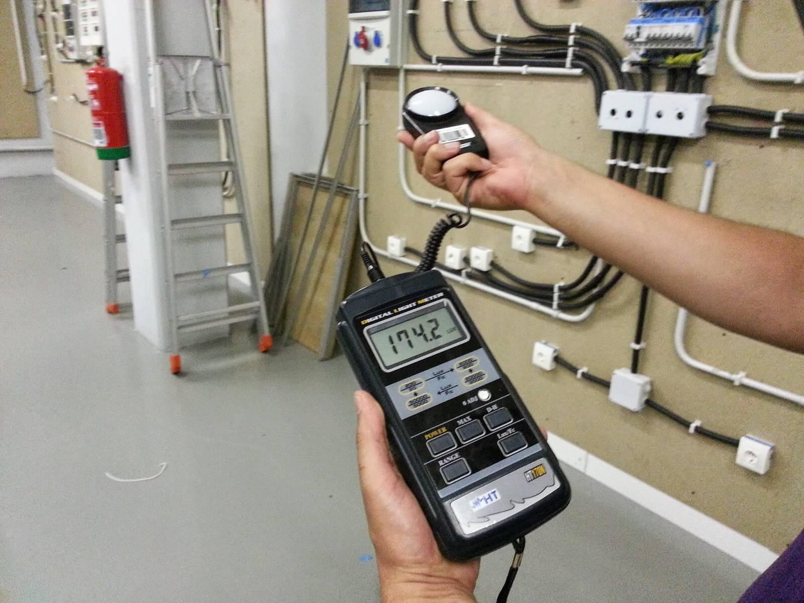 Những ưu điểm nổi bật của máy đo cường độ ánh sáng