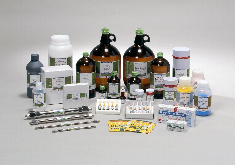 Phân loại hóa chất thí nghiệm