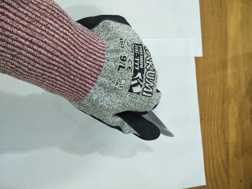 Hướng dẫn lựa chọn găng tay chống cắt phù hợp